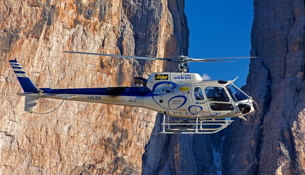 helicopter-3011983_960_720