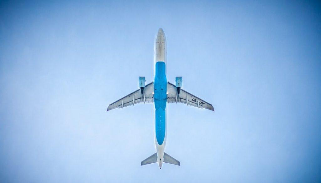 airplane-983991_960_720-min